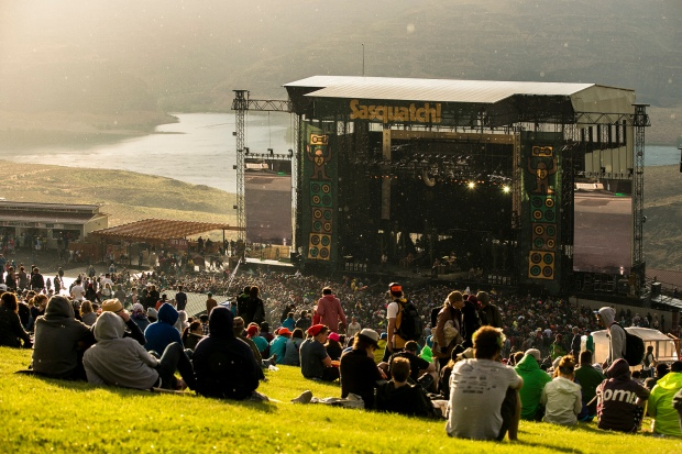The Gorge Amphitheatre - during Built To Spill's set